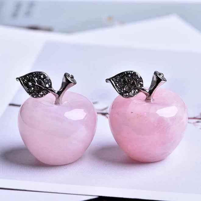 Розовый кварц - украшения, свойства камня
