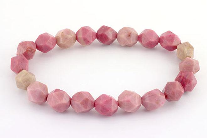 браслет из розовой яшмы
