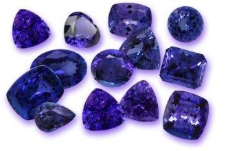 Украшения с камнями синего цвета
