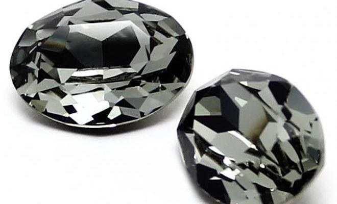 Черный бриллиант считается загадочным минералом.