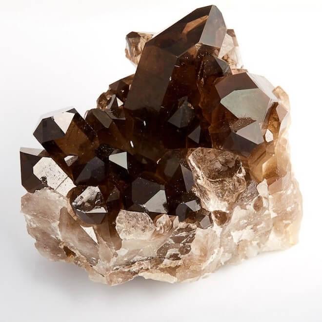 Раухтопаз – этот популярный камень