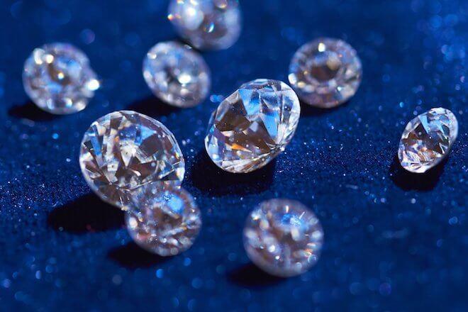 чем отличие бриллианта и алмаза