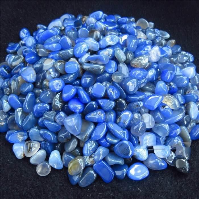 Голубой агат: кому подходит, как выглядит